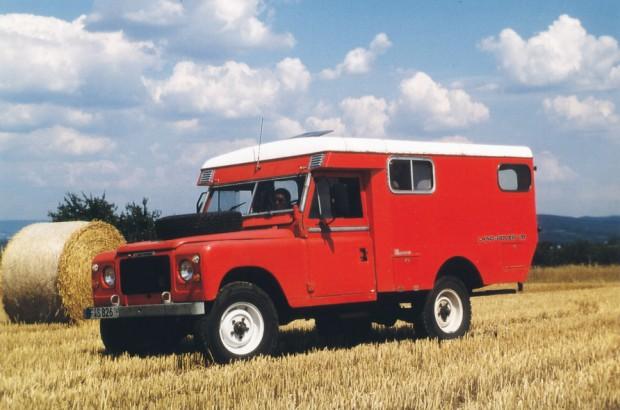 006 LR V8